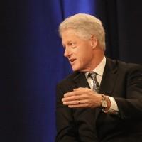 В букмекерской конторе можно сделать ставку на имя внука Билла Клинтона
