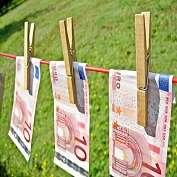 Игровой автомат В Европарламенте принят новый закон против отмывания денег